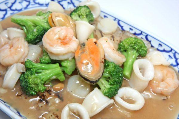 Lard Na w/Seafood - $16.95